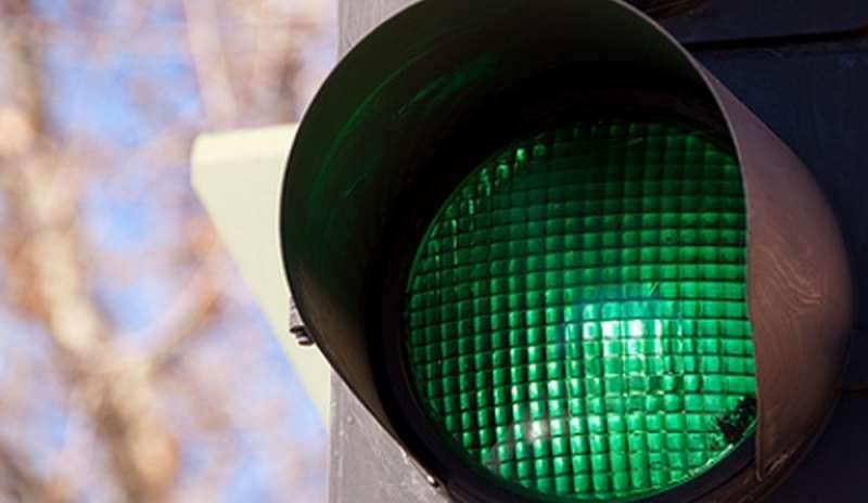 Strade. Mumolo rilancia il progetto sui semafori verdi in automatico alle ambulanze lanciate in velocità per le emergenze