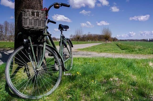Turismo. Realizzare una pista ciclabile lungo la via Emilia, approvata risoluzione