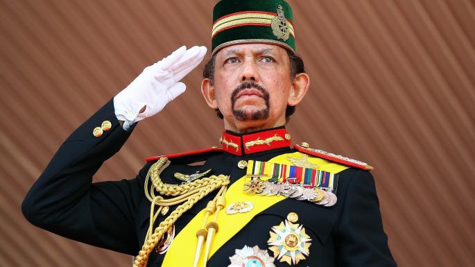 Brunei, sospesa pena di morte per omosessuali